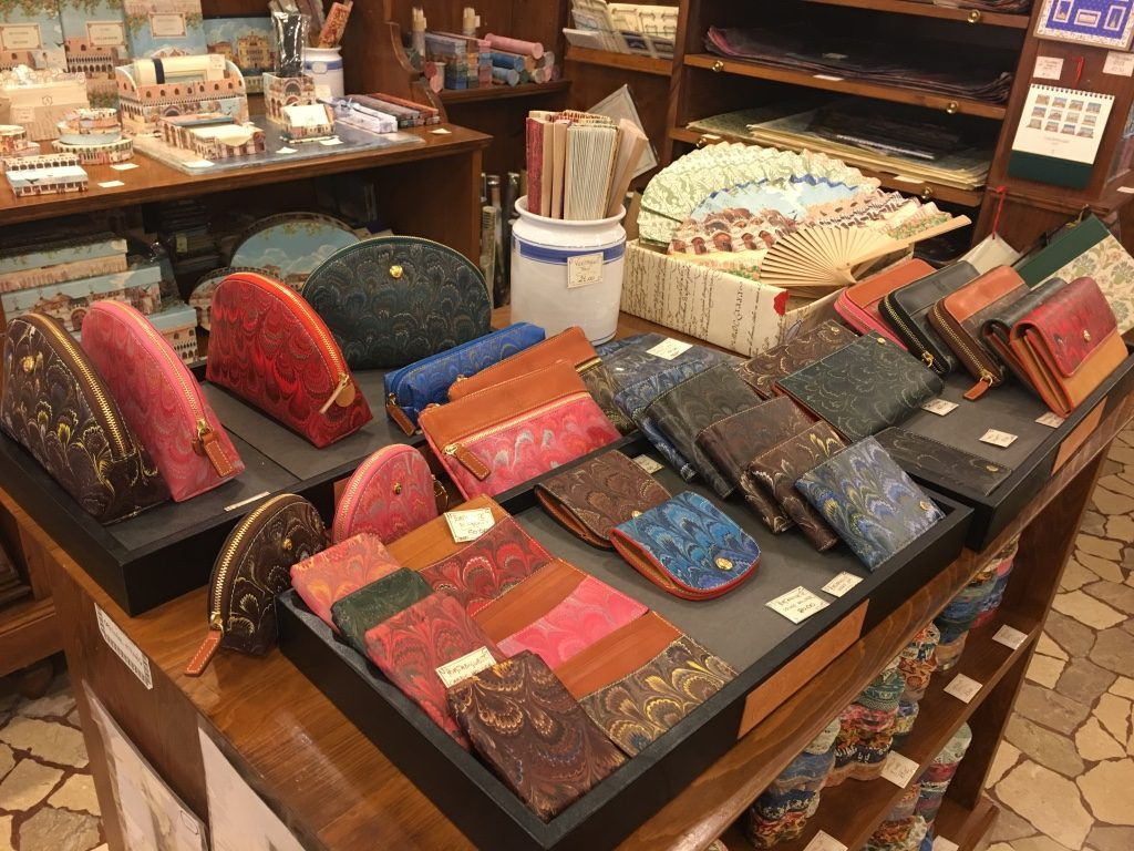 Wallets made in Italy, by local artisans