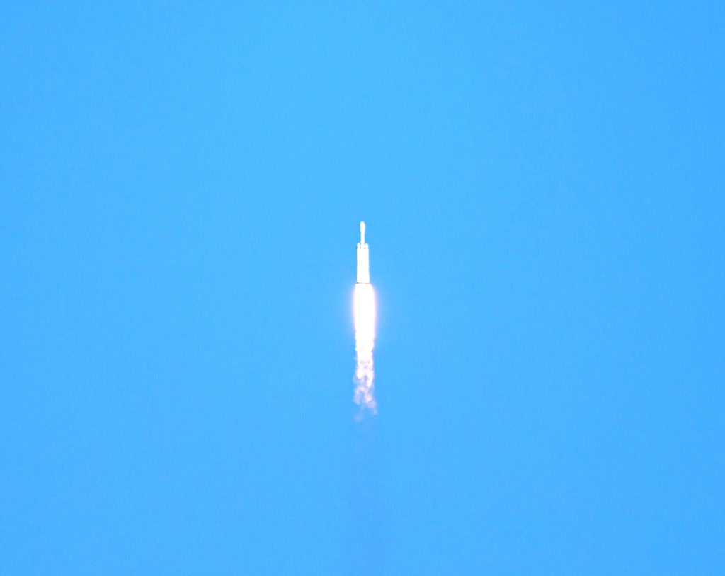 SpaceX Falcon Heavy Launch from Kennedy Space Center