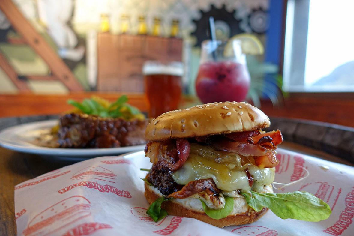 El Chalten, Argentina, Burbon Restaurant Bar and B&B Burger